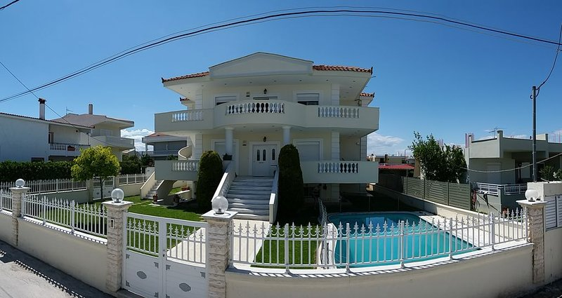 Seaside Villa (Apartment 1), location de vacances à Kato Assos