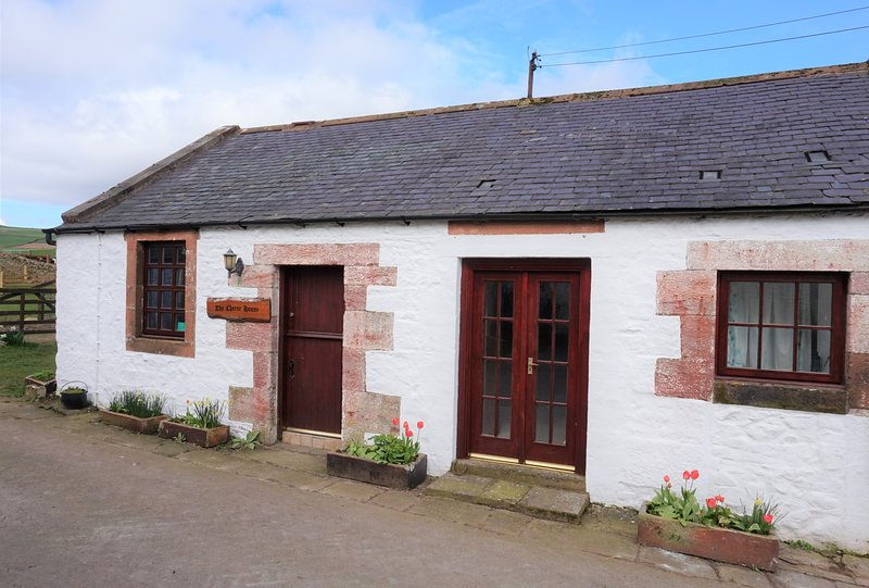 The Cheese House Self Catering Cottage, vacation rental in Dumfries