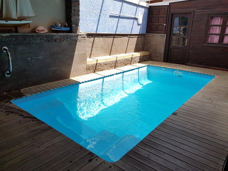 Chalet con piscina privada climatizada, WIF gratis, Barbacoa, Tenerife sur, alquiler de vacaciones en Costa del Silencio