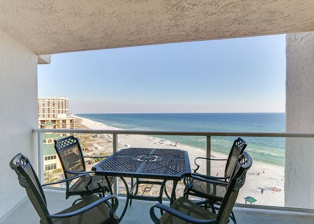 Elite 'Summer Haven' beachfront condo with 2 balconies on a Private Resort!, vacation rental in Miramar Beach