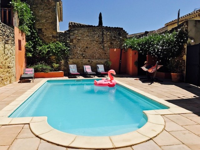 Tasteful spacious house with pool South of France, location de vacances à Quarante