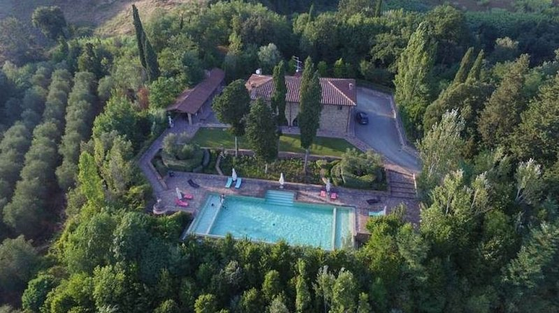 Villa Fioresco, vacation rental in Corazzano
