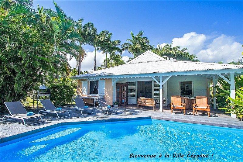 Villa Cézanne - Villa créole avec piscine privée en bord de mer, location de vacances à Sainte Rose