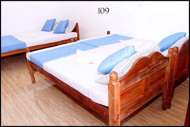 Elegant room in Jaffna for 4 pax, vakantiewoning in Northern Province