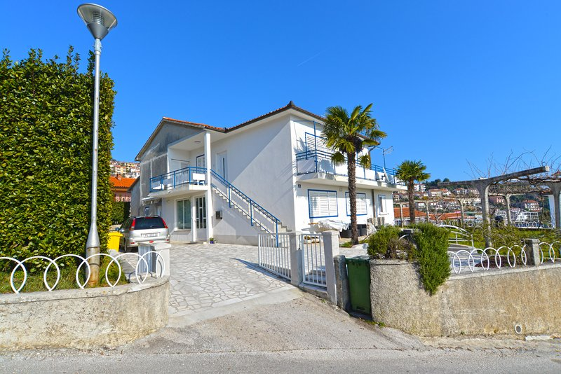 Apartment 21670, vacation rental in Rabac