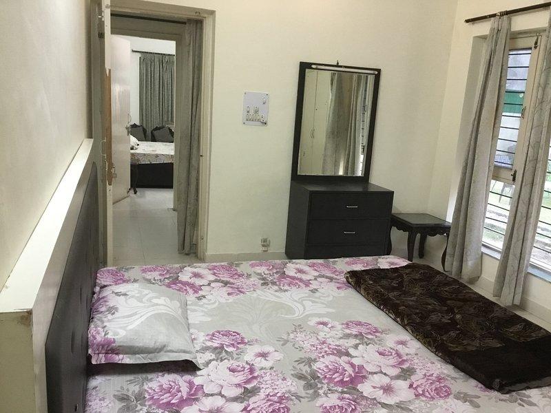 HomeNow- B1 Pancham Noida City Center, holiday rental in Gautam Buddha Nagar District