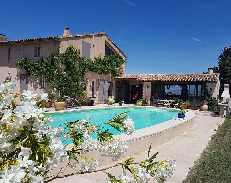 Mas Bel Azur, Charm of Provence, vacation rental in Aix-en-Provence