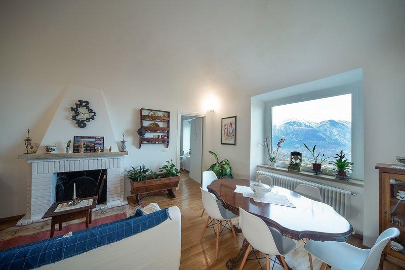 A Casa di Emma - Camera Alessandro Madonna, vacation rental in Civitella Messer Raimondo
