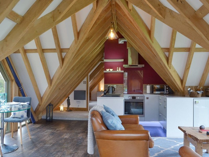 The Lodge, vacation rental in Buckhorn Weston