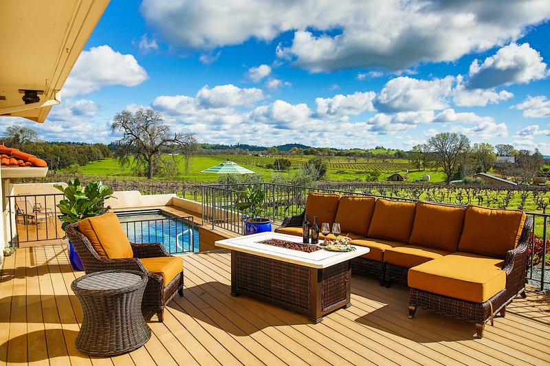 Working Vineyard Villa w/Private Pool in Plymouth!, vacation rental in Camino