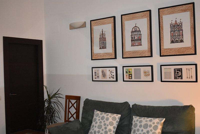 Junto al Alcázar de la Puerta de Sevilla. Parking - 3 dormitorios - 2 baños, holiday rental in Carmona