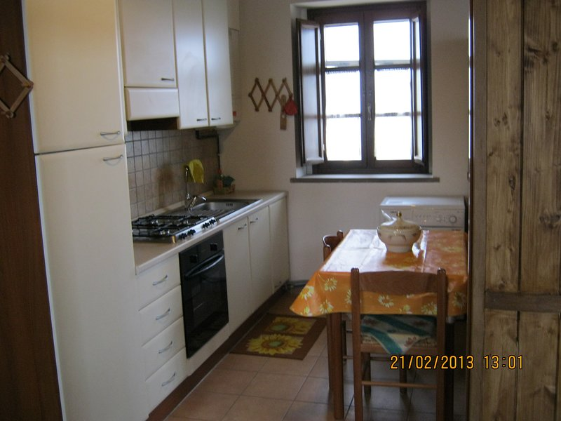 Beautiful house with terrace, holiday rental in Nocera Umbra