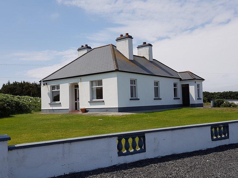 Doolough Dream on The Wild Atlantic Way, holiday rental in Bangor Erris