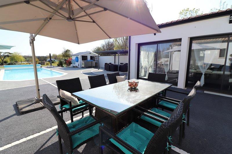 La maisonnette du bois chambre familiale (2 chambres), location de vacances à Ardillieres
