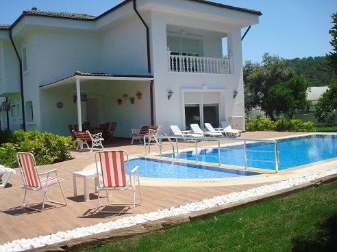 VİLLA DENİZ, holiday rental in Beycik