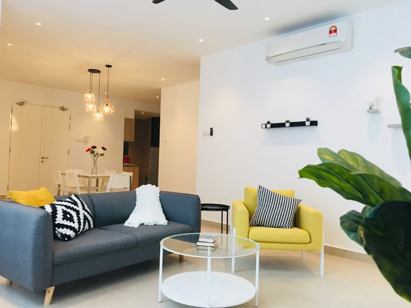 Kuala Lumpur Luxury 3 Bedroom Apartments | 100m LRT, Private Lift, Midvalley, vakantiewoning in Kuala Lumpur