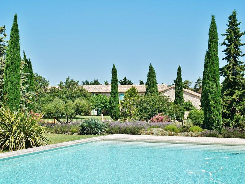 Mas d' Esquirolly, charme provençal, calme, location de vacances à Tarascon