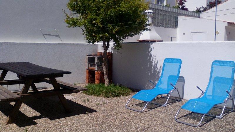 Apartamento de dos habitaciones junto a la playa, holiday rental in Sao Luis