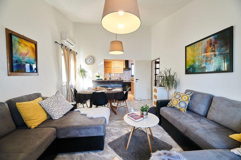 Appartamento NOA1 Umag-Savudrija per coppie, Wifi, vicino al mare, terrazzo, BBQ, holiday rental in Savudrija