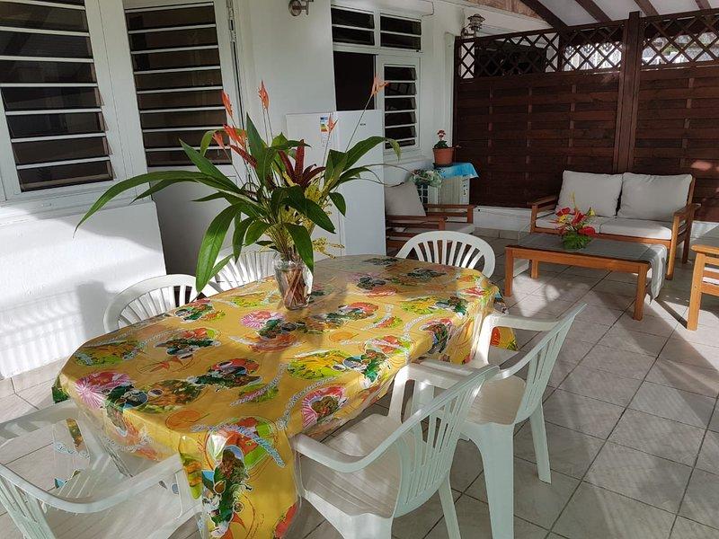 Nice apartment with garden & Wifi, Ferienwohnung in Ducos