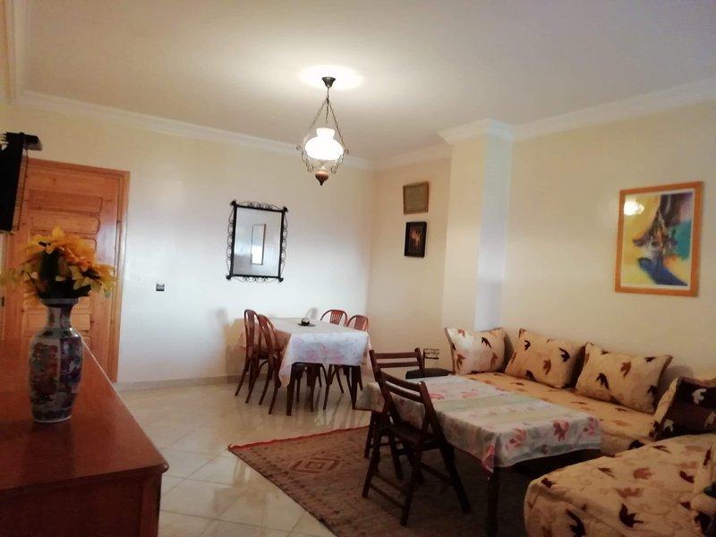 Location de vacances très bel appartement dans un immeuble récent, aluguéis de temporada em Azemmour