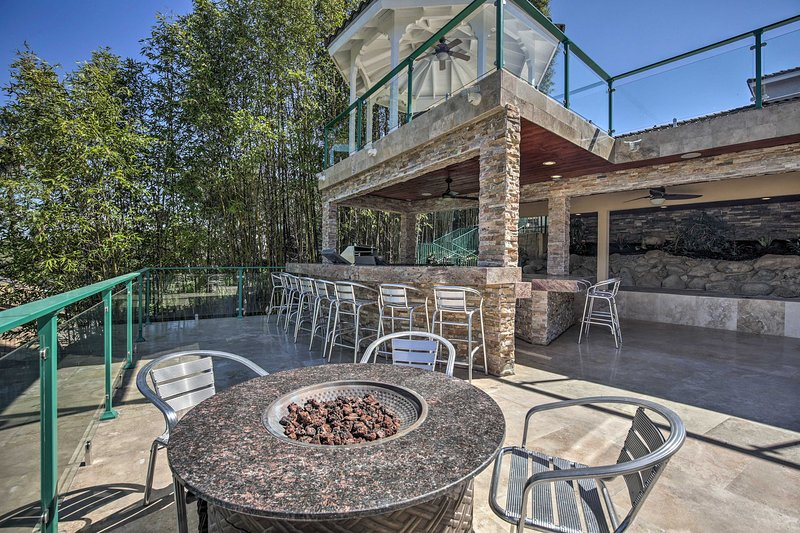 The vacation rental features 3 tiers of outdoor space.