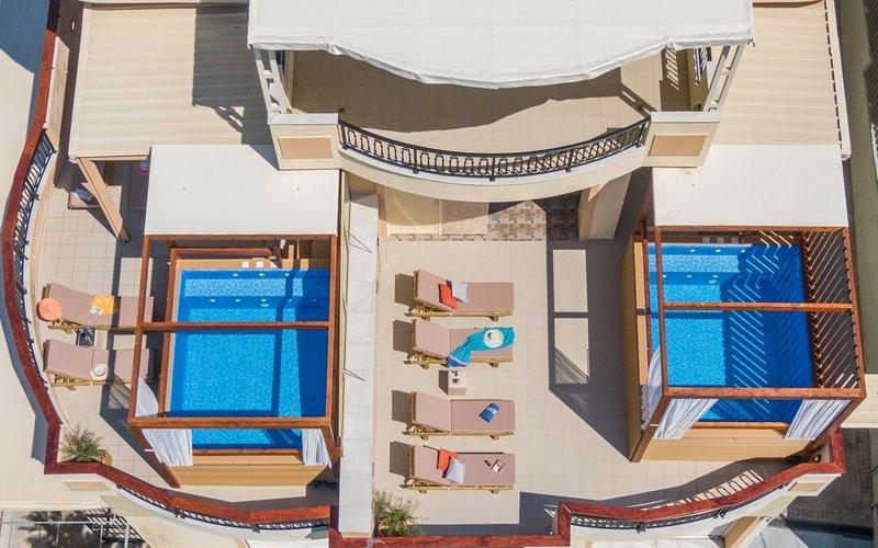 El Barco Luxury Suites – semesterbostad i Kalliteros