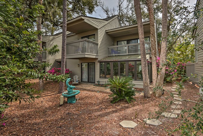Dive deep into beachside bliss at this 3-bed, 3-bath Hilton Head Island home!