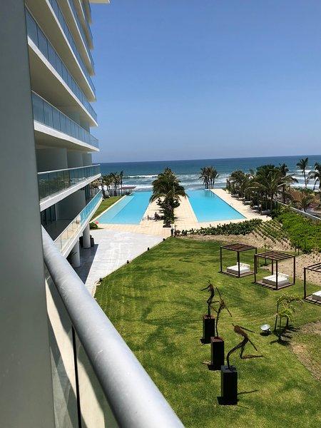 Depa en VELERA  diamante a pie de playa, vacation rental in Acapulco