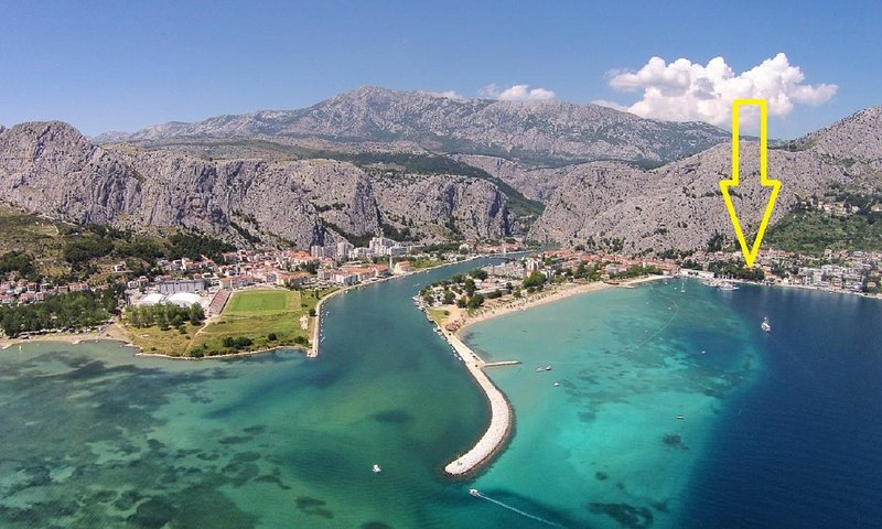 Pasko A(5) - Omis, vacation rental in Omis