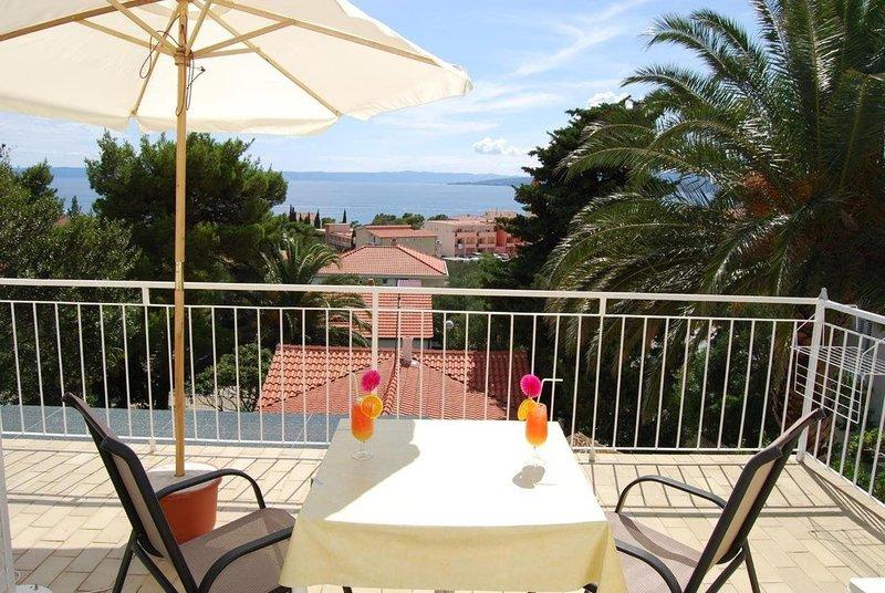 Palma Promajna Apartments - Unit 201, location de vacances à Promajna