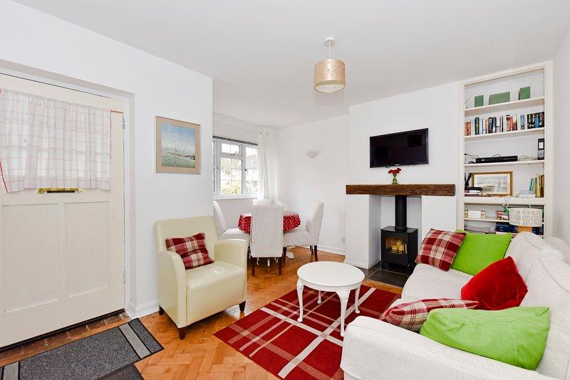Birchwood Cottage Apartment, holiday rental in Cobham