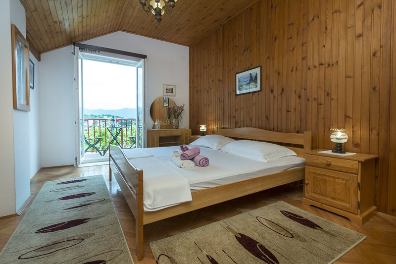 Oreb Dream Apartments - Two Bedroom Apartment with Terrace and Garden View, vacation rental in Kolocep Island