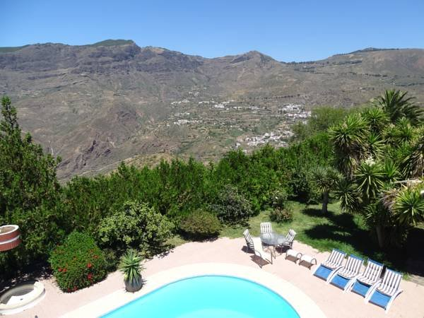 Amazing house with shared pool, holiday rental in Tejeda