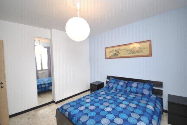 Camera Da Letto Matrimoniale A Genova.Zubed Apartments Bilocale A Due Passi Dall Acquario Di Genova 3a