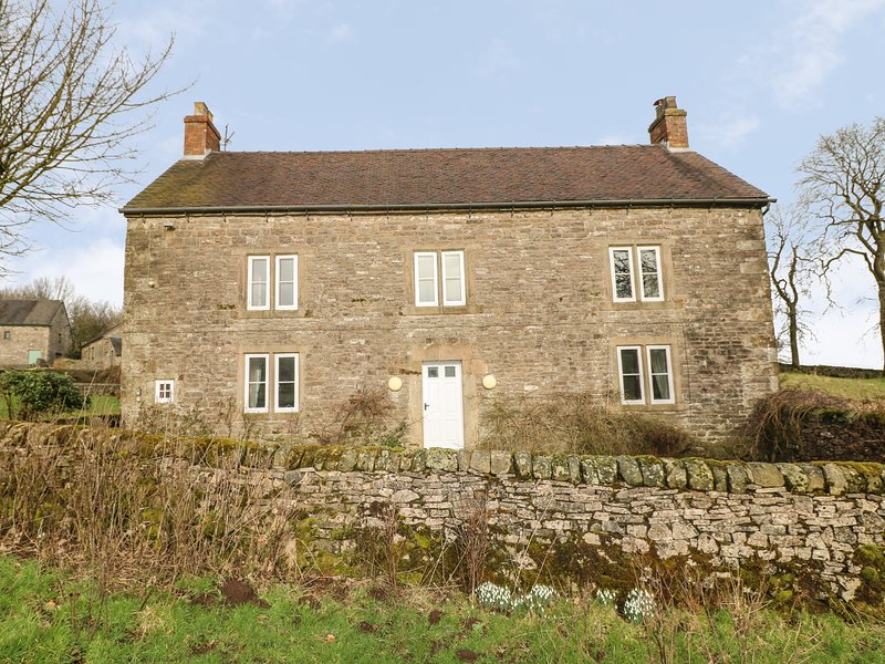 SLADE HOUSE, WiFi, En-suites, Spacious rooms, Ilam, vacation rental in Wetton