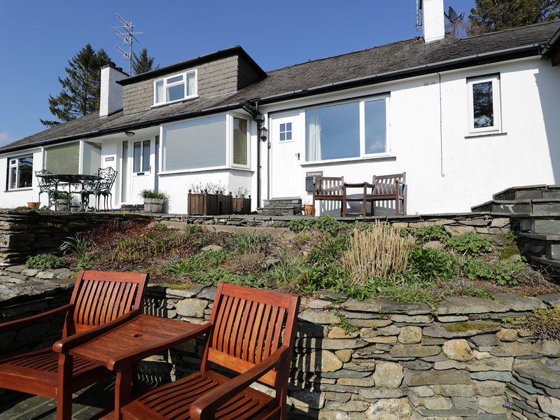 KIRKSTONE COTTAGE, Off-road parking, En-suite, Romantic, near Hawkshead, vacation rental in Hawkshead