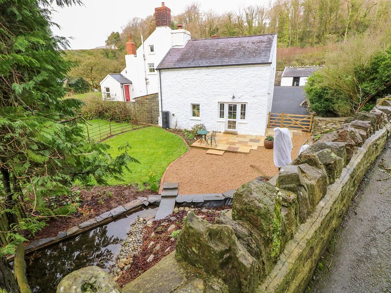 KING GADDLE COTTAGE, WiFi, dog-friendly, Laugharne, casa vacanza a Laugharne