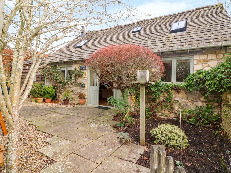 JOINER'S COTTAGE, WiFi, woodburner, Bourton-on-the-Water, casa vacanza a The Slaughters
