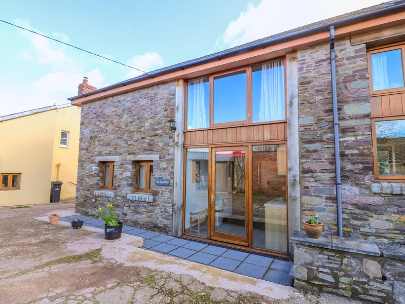 THE GRANARY, WiFi, off-road parking, Talgarth, location de vacances à Llangorse