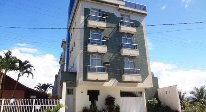 Agradável apartamento perto da Praia de Meaipe - com ar condicionado, location de vacances à Alfredo Chaves