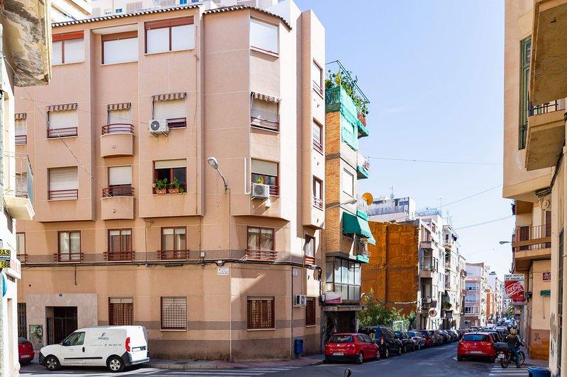 Jonás 1: Apartamento tranquilo, bien comunicado y próximo al centro, casa vacanza a Sant Vicent del Raspeig