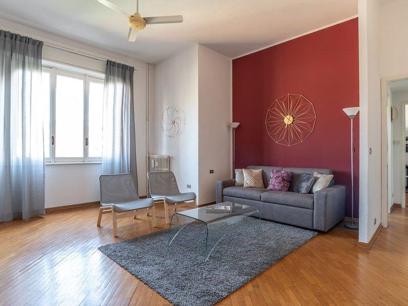 Urban District Apartments - Milan Navigli Gulli (1BR), casa vacanza a Corsico