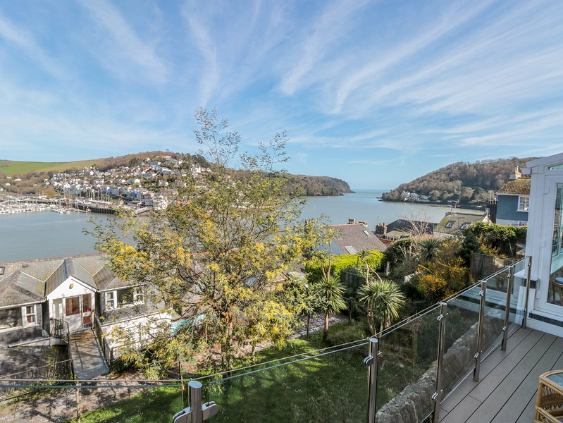 Estuary View (House & Annexe), Dartmouth, vacation rental in Kingswear