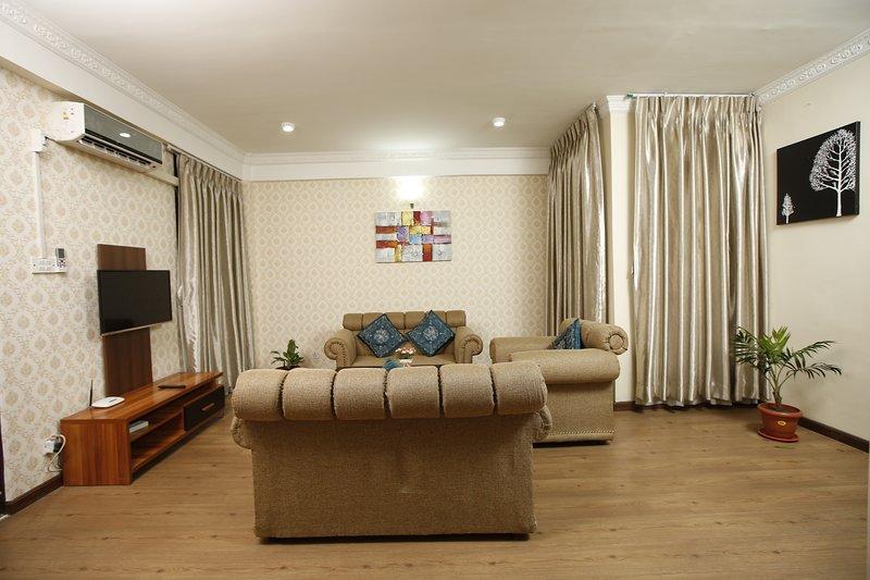 Exhilarating Jhamel 2BHK Apartment by Casa Deyra, vacation rental in Kirtipur
