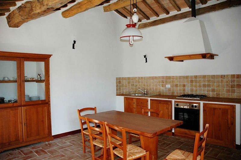 IL FRANTOIO app. Il Granaio, holiday rental in Santa Maria di Sette