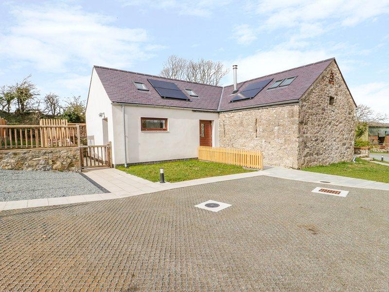 BEUDY BODEILIO, open-plan, woodburner, near Llangefni, location de vacances à Pentraeth