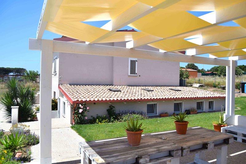Mi casa es tu casa 104 PICTURE ROOM, vacation rental in Portoscuso