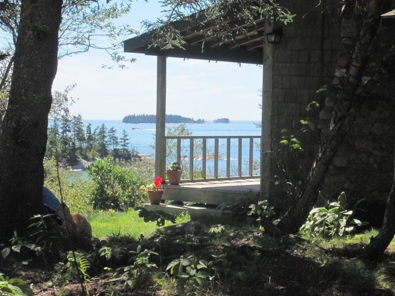 SAND BEACH COTTAGE - Stonington, holiday rental in North Haven