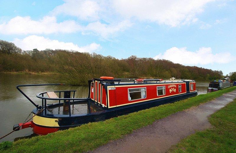 Casanova - Narrowboat - Sleeps 2, Ferienwohnung in Alderley Edge